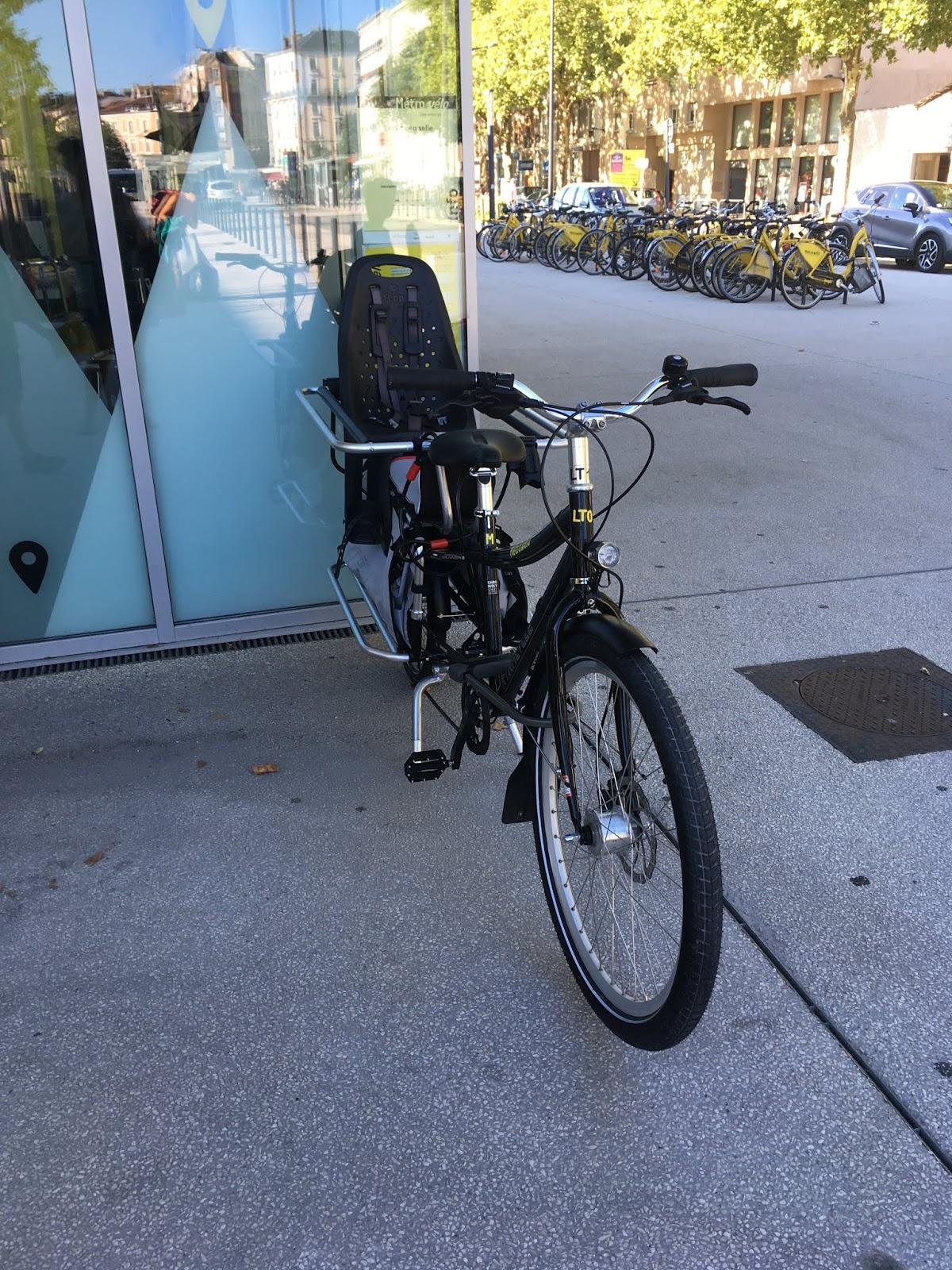 vélo électrique de chez décathlon
